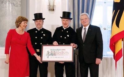 Bundespräsident empfängt Glücksradler auf dem Neujahrsempfang 2016 im Schloss Bellevue